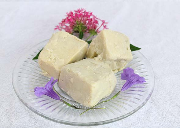 Read more about the article Raw Shea Butter 100% Pure handmade from Ghana